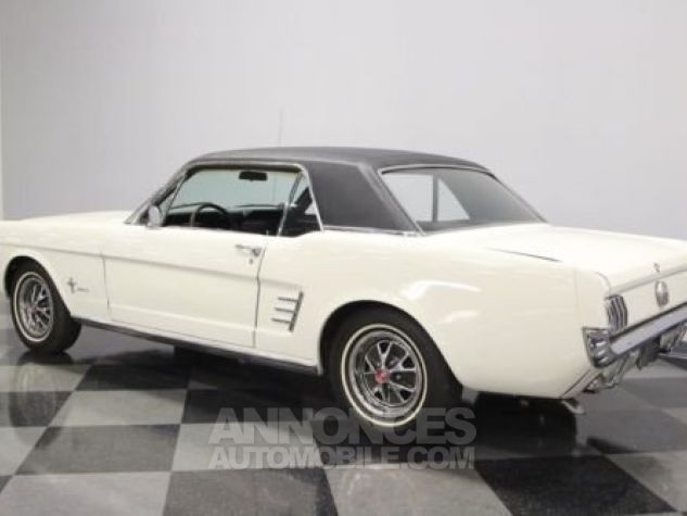 Ford Mustang 1966 Blanc Occasion - 5