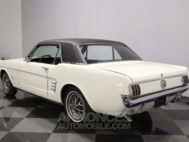 Ford Mustang 1966 Blanc Occasion - 6