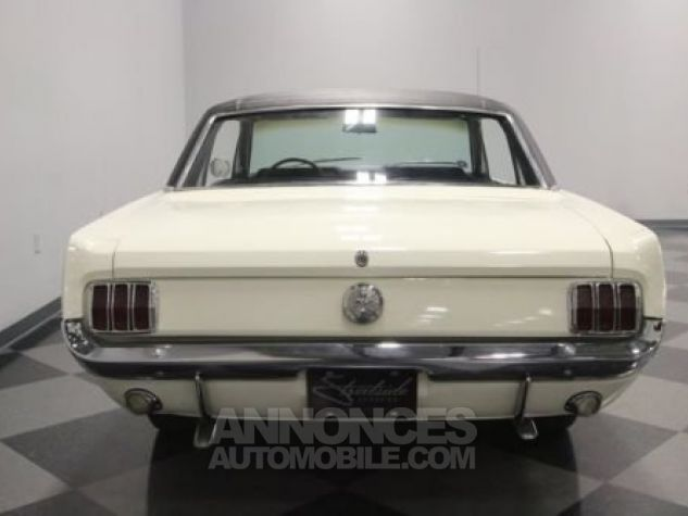 Ford Mustang 1966 Blanc Occasion - 8