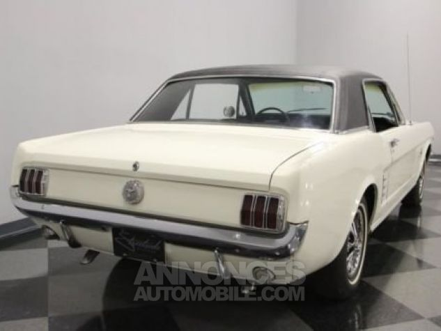 Ford Mustang 1966 Blanc Occasion - 9
