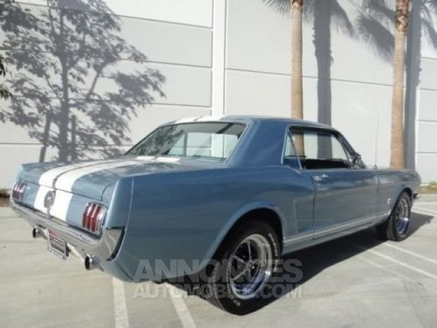 Ford Mustang 1966 Bleu Occasion - 2