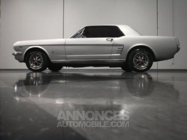 Ford Mustang 1966 Argent Occasion - 9