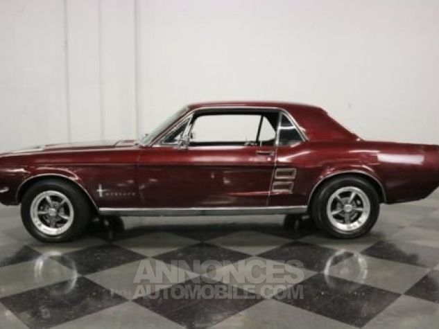 Ford Mustang 1967 Burgundy Occasion - 0