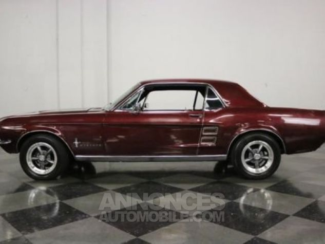 Ford Mustang 1967 Burgundy Occasion - 5