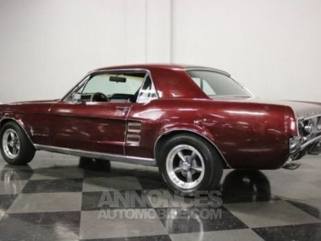 Ford Mustang 1967 Burgundy Occasion - 6