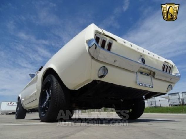 Ford Mustang 1967 Blanc Occasion - 8