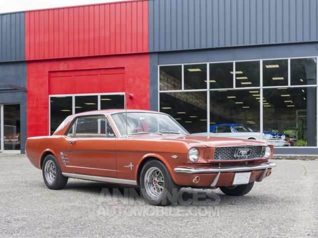 Ford Mustang coupé V8 Emberglo Metallic Occasion - 1