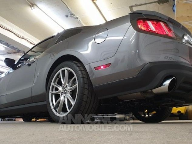 Ford Mustang GT V8 50L TRACK PACK 31800KM gris anthracite métallisé Occasion - 3