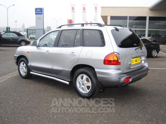 Hyundai SANTA FÉ CRDI PACK LUXE 125 CH 4WD BA Gris Clair Occasion - 4