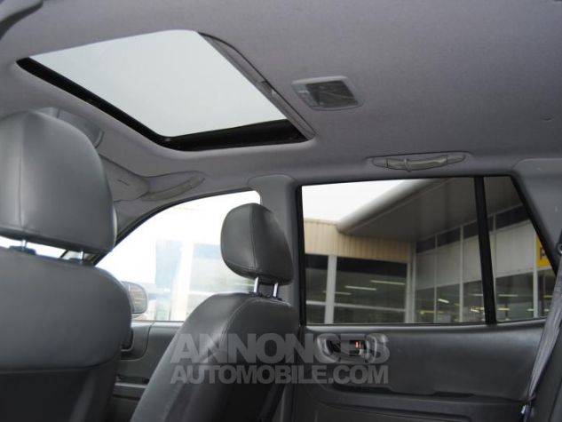Hyundai SANTA FÉ CRDI PACK LUXE 125 CH 4WD BA Gris Clair Occasion - 6