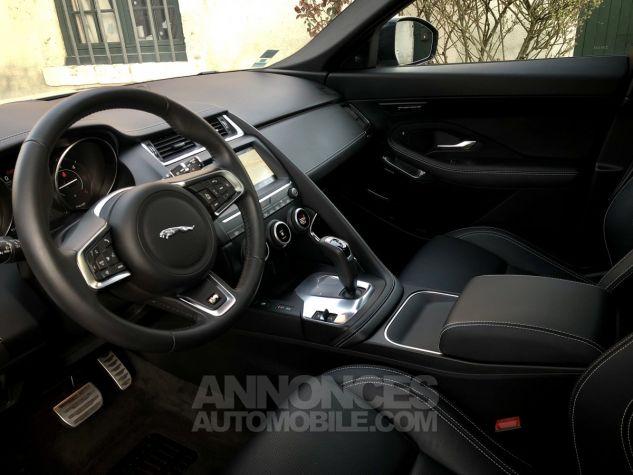 Jaguar E-Pace R-Dynamic SE Borasco Grey métallisée Occasion - 7