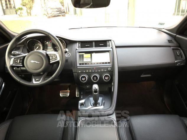Jaguar E-Pace R-Dynamic SE Borasco Grey métallisée Occasion - 9