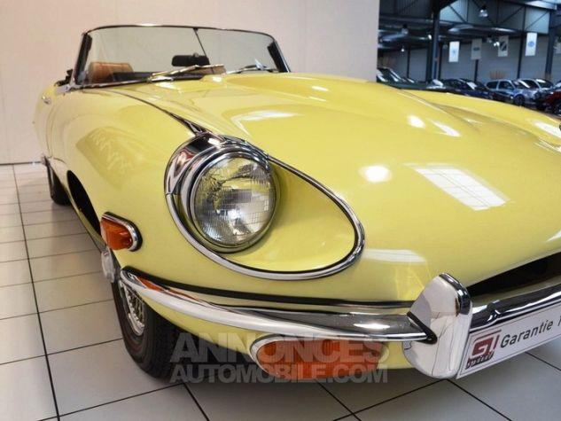 Jaguar E-Type Type E Cabriolet 4.2L Pale Primerose Yellow Occasion - 11