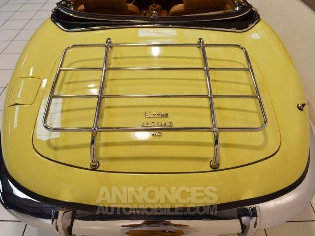 Jaguar E-Type Type E Cabriolet 4.2L Pale Primerose Yellow Occasion - 18