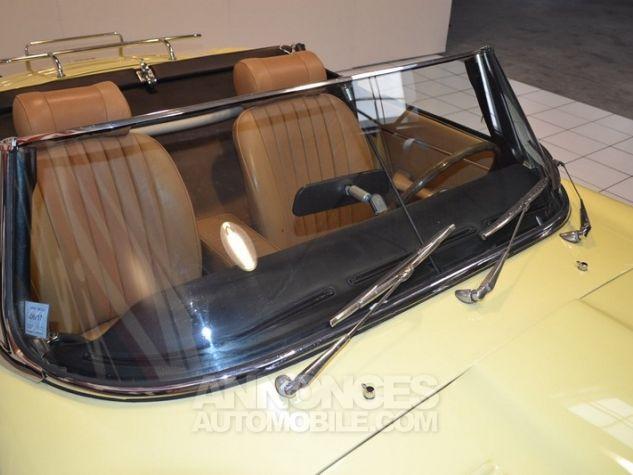 Jaguar E-Type Type E Cabriolet 4.2L Pale Primerose Yellow Occasion - 24
