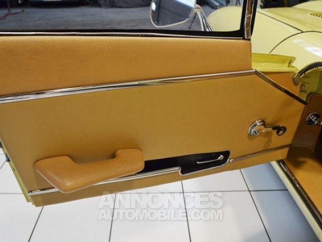 Jaguar E-Type Type E Cabriolet 4.2L Pale Primerose Yellow Occasion - 29