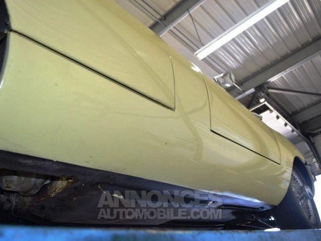 Jaguar E-Type Type E Cabriolet 4.2L Pale Primerose Yellow Occasion - 38