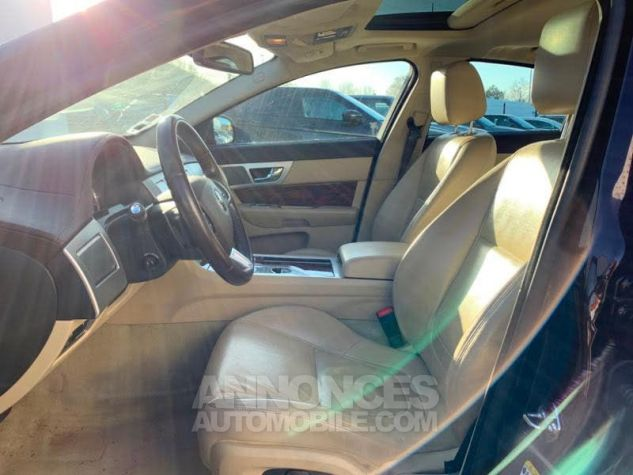Jaguar XF 2.2D 200ch Luxe Premium CAVIAR Occasion - 5