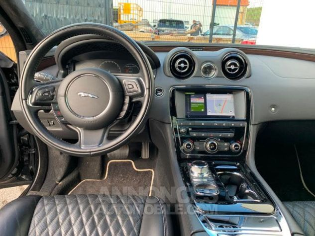 Jaguar XJ 3.0D V6 300 Portfolio Noir (ULTIMATE BLACK) Occasion - 5