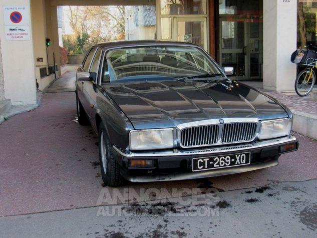 Jaguar XJ40 XJ6 GRIS FONCE Occasion - 2