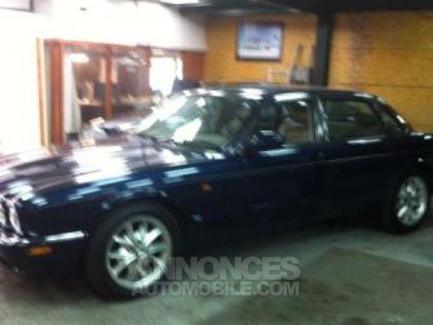 Jaguar XJ8 severigne bleu Occasion - 0
