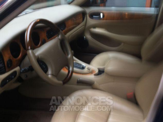 Jaguar XJ8 severigne bleu Occasion - 3