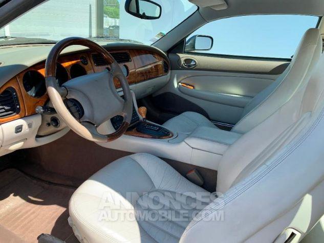 Jaguar XK8 4.0 V8 BA Bleu Occasion - 3