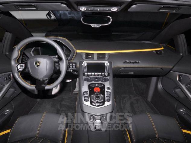Lamborghini Aventador S Roadster V12 LP 740-4 JAUNE METAL Occasion - 11