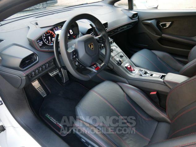 Lamborghini Huracan LP580-2, RWD, Lifting System, Freins céramique, Échappement sport Bianco Monocerus Occasion - 5