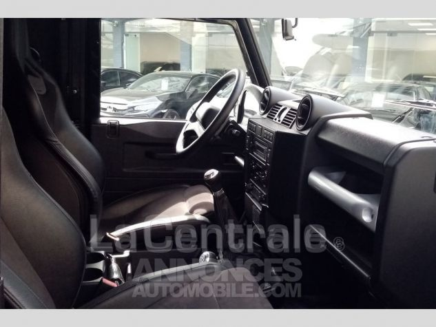 Land Rover Defender 4 UTILITAIRE IV 2.2 TD SE MARK 3 EDEN PARK Noir Metal Occasion - 1