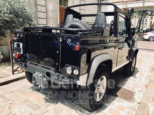 Land Rover Defender 4 UTILITAIRE IV 2.2 TD SE MARK 3 EDEN PARK Noir Metal Occasion - 7