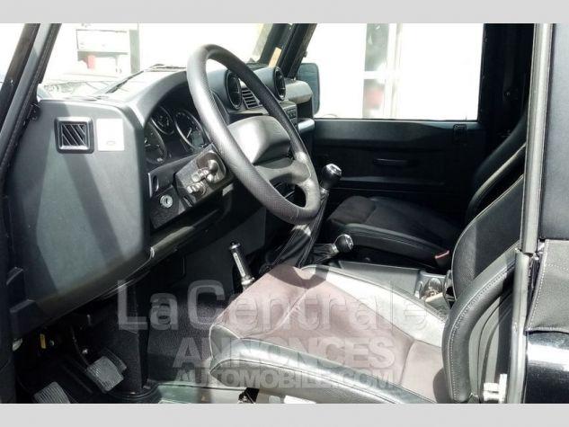 Land Rover Defender 4 UTILITAIRE IV 2.2 TD SE MARK 3 EDEN PARK Noir Metal Occasion - 8