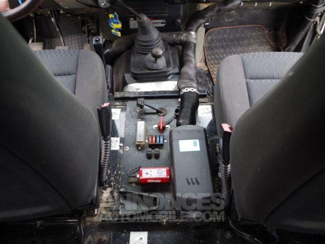 Land Rover Defender 90 TD5 SW Préparé Noir Occasion - 11