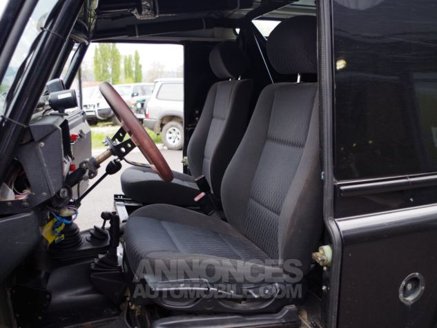 Land Rover Defender 90 TD5 SW Préparé Noir Occasion - 13