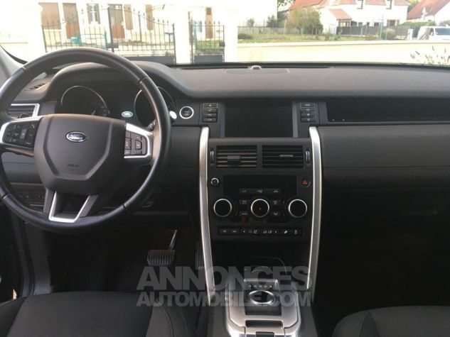 Land Rover Discovery Sport SE 4WD AUTO Noir Occasion - 9