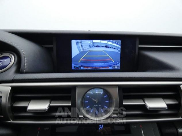 Lexus IS 300h F SPORT Gris Foncé Occasion - 16