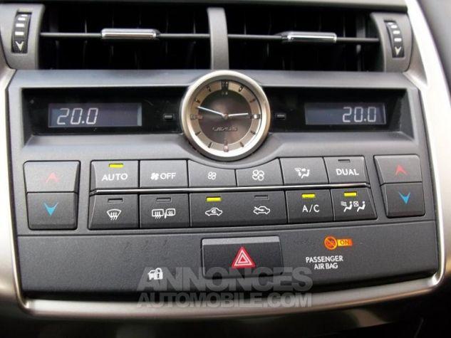Lexus NX 300h 2WD BLANC Occasion - 11