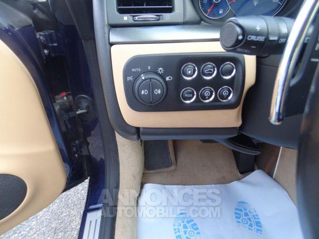 Maserati GranTurismo 4.2LBVA ZF 405PS / GPS BIXENON SKYHOOK bleu met Occasion - 10