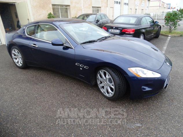 Maserati GranTurismo 4.2LBVA ZF 405PS / GPS BIXENON SKYHOOK bleu met Occasion - 20