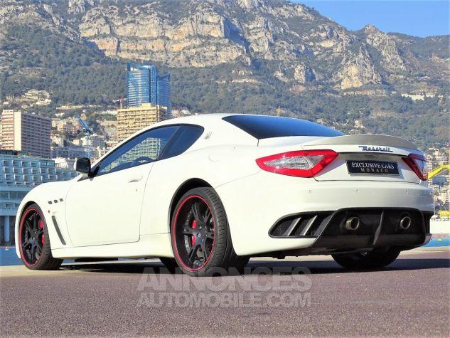 Maserati GranTurismo MC STRADALE V8 4.7 F1 BVR 450 CV - MONACO Blanc Eldorado Leasing - 16