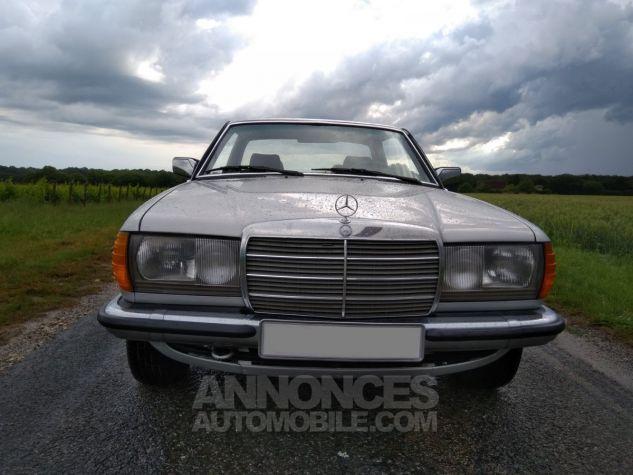 Mercedes 280 CE Coupé gris Occasion - 2