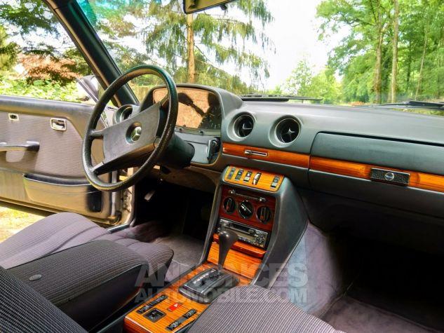 Mercedes 280 CE Coupé gris Occasion - 4