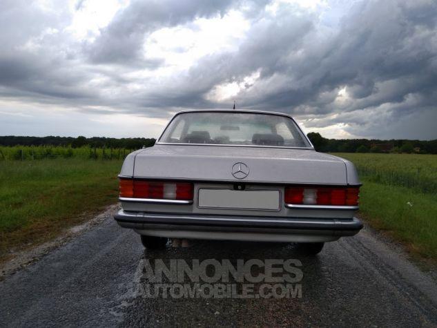 Mercedes 280 CE Coupé gris Occasion - 5