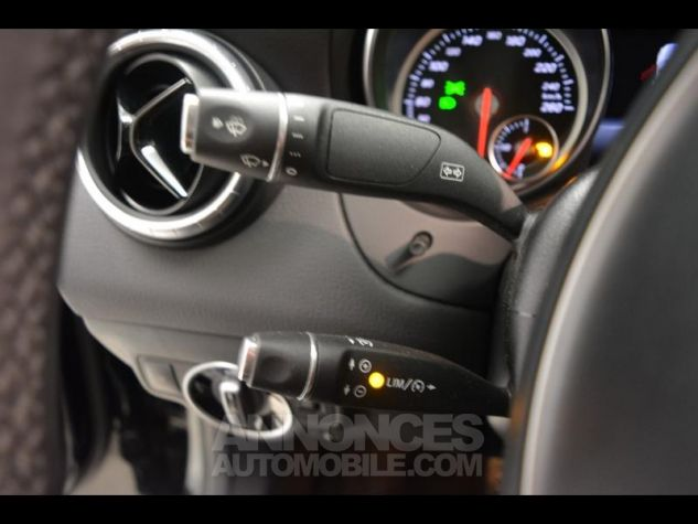 Mercedes CLA 180 d Business 7G-DCT NOIR COSMOS Occasion - 12