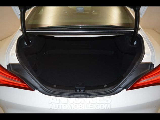 Mercedes CLA 180 d Sensation 7G-DCT BLANC CIRRUS Occasion - 12