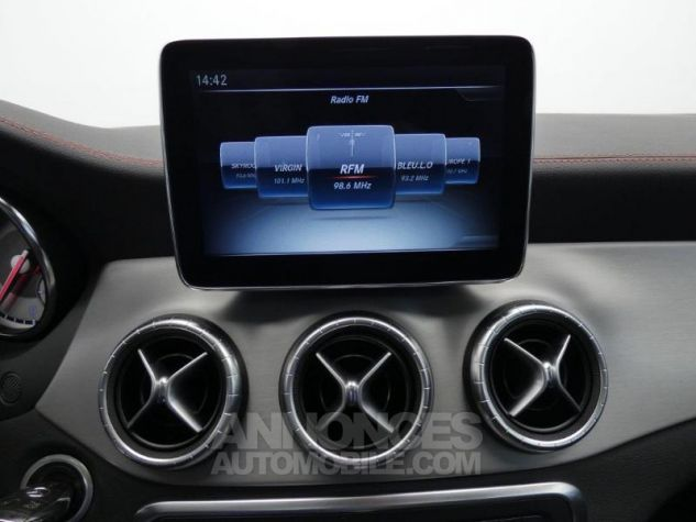 Mercedes CLA 200 CDI Fascination 4Matic 7G-DCT Gris Montagne Occasion - 11