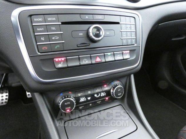 Mercedes CLA 200 CDI Fascination 4Matic 7G-DCT Gris Montagne Occasion - 13