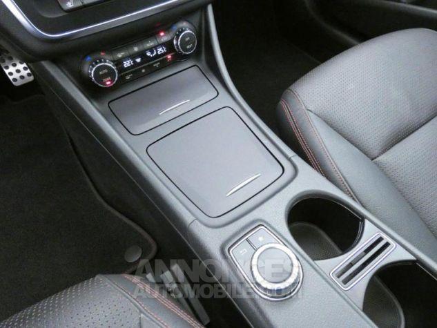 Mercedes CLA 200 CDI Fascination 4Matic 7G-DCT Gris Montagne Occasion - 15