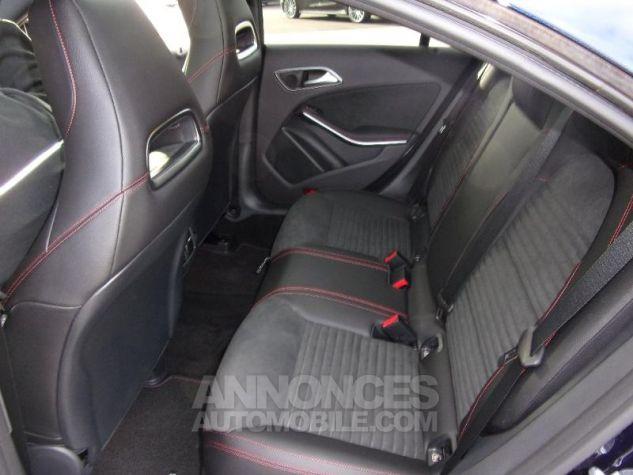 Mercedes CLA 200 d Fascination 7G-DCT Euro6c BLEU CAVANSITE Neuf - 4