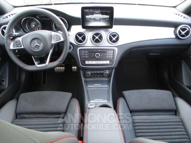 Mercedes CLA 220 d Fascination 7G-DCT Noir Occasion - 2